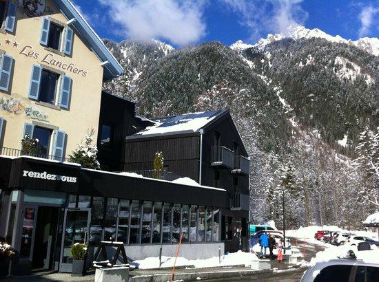 Hotel Les Lanchers: Nära till liften och bergen