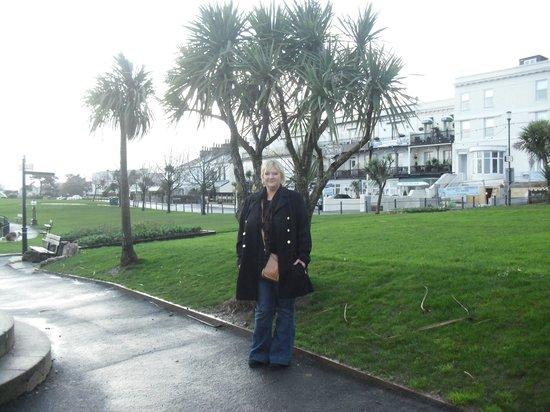 Trecarn Hotel : just a minute walk away
