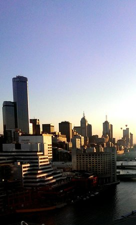 Pan Pacific Melbourne: Sunrise