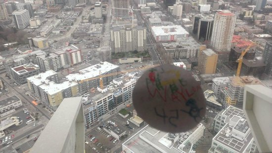 Space Needle Sky City: The view looking straight down.  Post-it notes are supplied with the kids' menu!