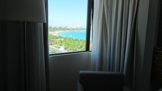 Best Western Premier Maceio: Vista a la playa de Pajuçara, desde habitación en piso 7. Un sueño.