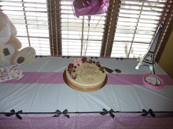 Cocoa Bean: Olivia's 1st birthday cake
