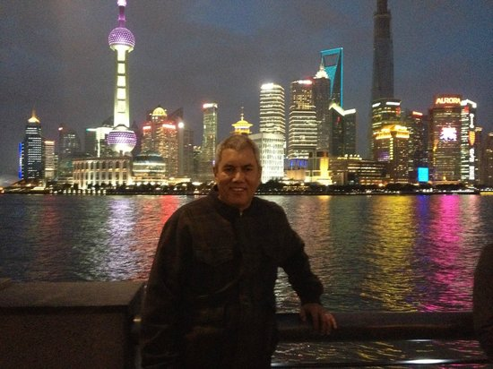 China Connection Tours: Shanghai by night