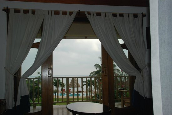 Hopkins Bay Resort : View from our upstairs bedroom