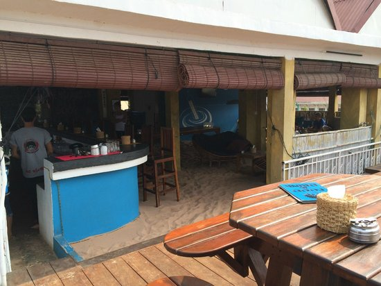 Mad Monkey Hostel Siem Reap : Beach Bar