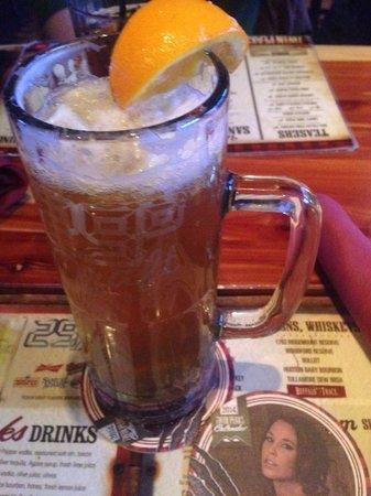 Twin Peaks Restaurants: Beer