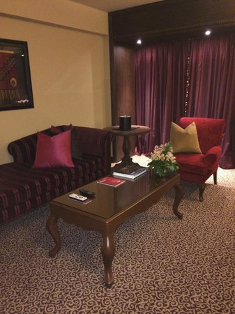 Palacio del Inka, a Luxury Collection Hotel : Sitting area in our suite