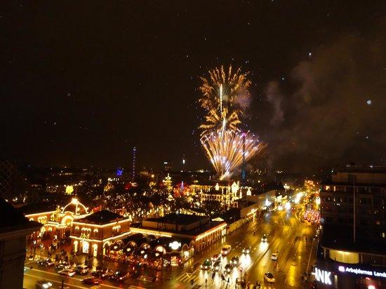 Radisson Blu Royal Hotel Copenhagen: Tivoli noite