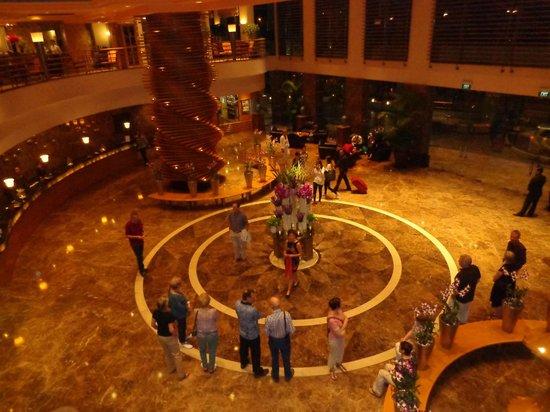 Sofitel Saigon Plaza: Le hall de l´hotel