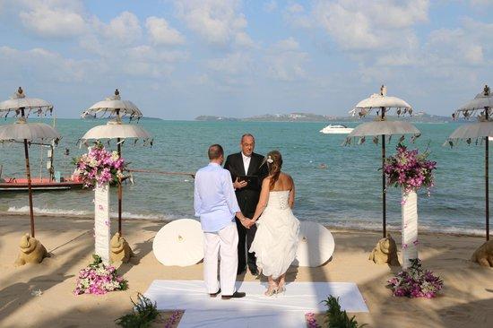 Zazen Boutique Resort & Spa : Beach Ceremony