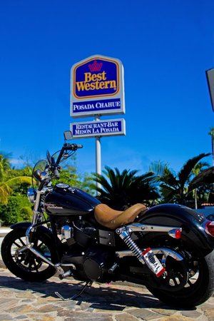 BEST WESTERN Posada Chahue: rider friendly, special space to park and clean your iron horse. double rewards points for harle