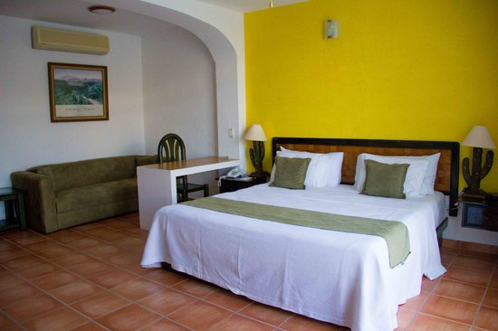 BEST WESTERN Posada Chahue: alone or with your partner, the superior double room is spacious and quiet working comfortably