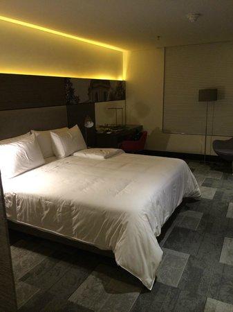 EK Hotel: Single