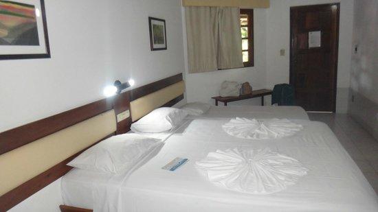 Abrolhos Praia Hotel : Quarto