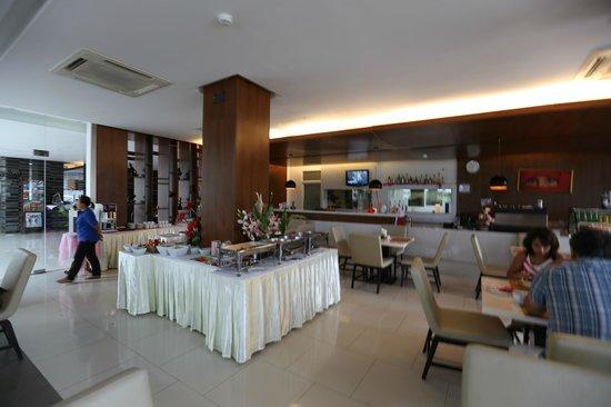 The Avenue Samui: The Avenue Hotel - Koh Samui - Thailand - The Travel Glow - restaurant
