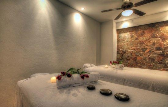 Resorts by Pinnacle 180 : Spa