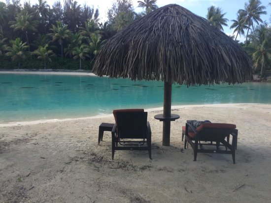 InterContinental Bora Bora Resort & Thalasso Spa : This recent pic vs older one shows less manicured grounds