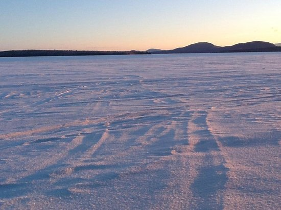 The Birches Resort : snow on frozen Moosehead Lake