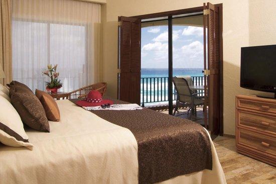 Emporio Hotel & Suites Cancun: Excelente habitacion con una vista inigualable