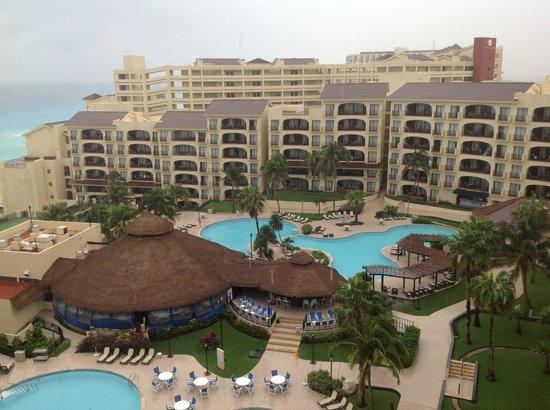 Emporio Hotel & Suites Cancun: Hermosa arquitectura del edificio