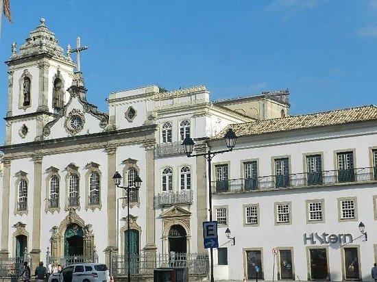 Porto da Barra: Praça da Sé.