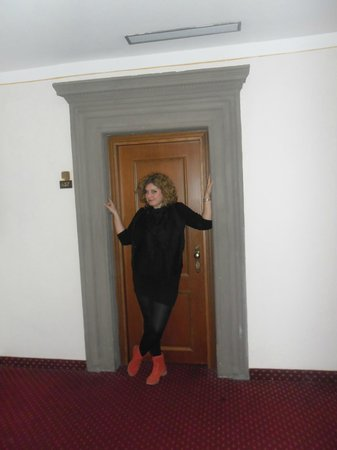 Paris Hotel: Me at the entrance in the suite