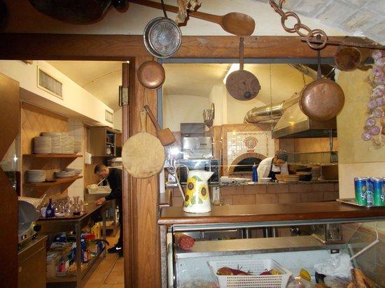 La Gattabuia: la cucina