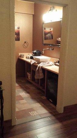 Inn at Desert Wind Winery: Jean Baptiste bathroom