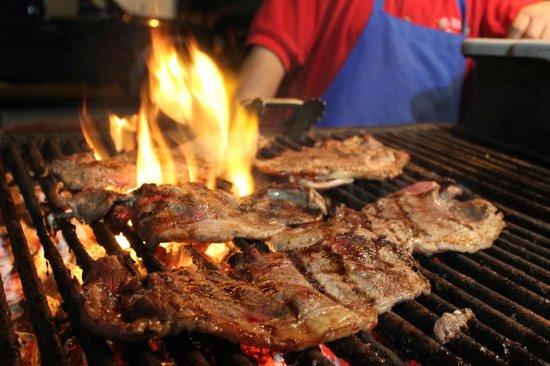 Los Arcos: Carne asada