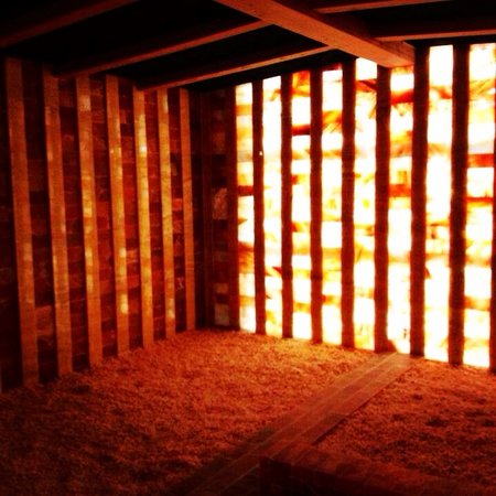 Olympic Spa: Himalayan Salt Room.