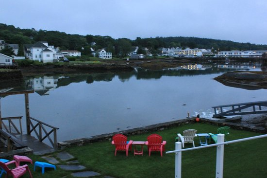 Harborage Inn on the Oceanfront: Great views from the deck