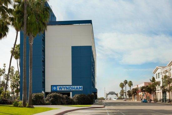 Wyndham Santa Monica At The Pier : Exterior View