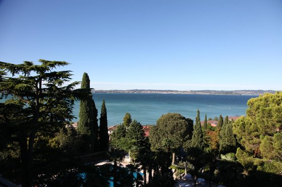 Palace Hotel Villa Cortine: View from balcony