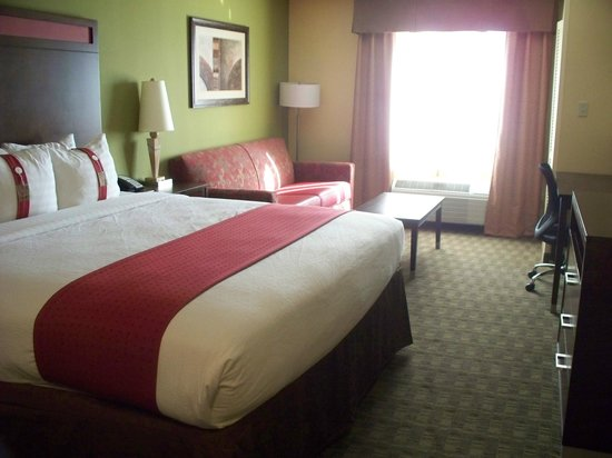 Holiday Inn North Phoenix : King bed room
