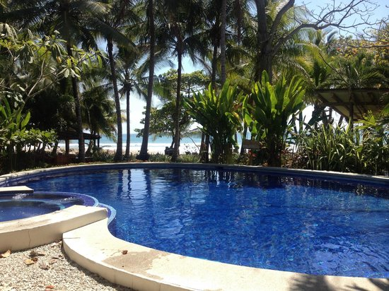 Hotel Tropico Latino: Perfect little pool