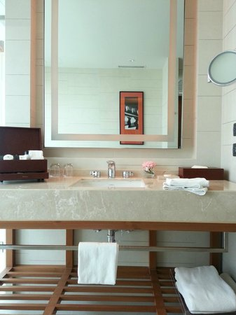 Eastin Grand Hotel Sathorn: bathroom