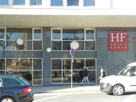 HF Fenix Lisboa : Vista frontal do Hotel Fênix