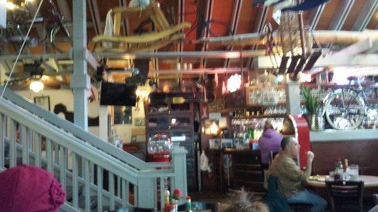 Rosie's Cafe: Fun