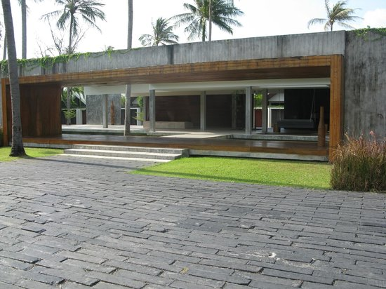 X2 Koh Samui Resort - All Spa Inclusive: reception, like a run down Mexican motel on highway