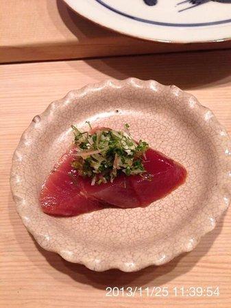 Sushi Kanesaka: 旬の戻り鰹