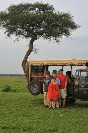 Naboisho Camp, Asilia Africa: Sundowner!
