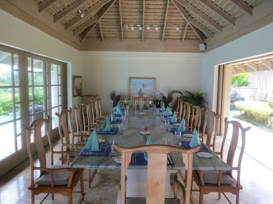 Silent Waters Villa: Dining Room