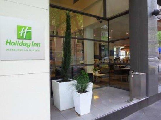 Holiday Inn Melbourne on Flinders: hotel
