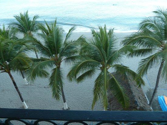 Crown Paradise Golden Resort Puerto Vallarta: Gorgeous view