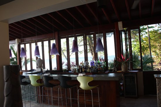 Xbalanque Resort : The bar, which is right next to the pool and steps from the 1 bdrm unit