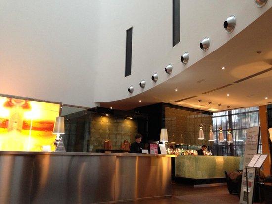 AC Hotel Firenze : フロント