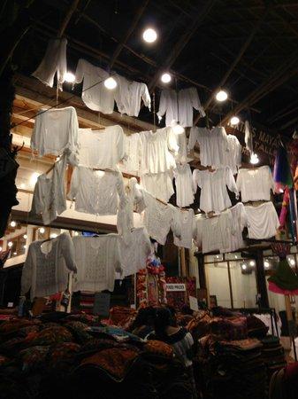 Quinta Avenida: Stores