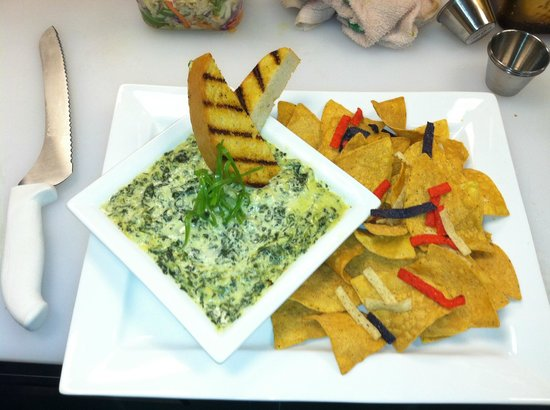 Players Sports Bar and Grill : Our made in house Spinach Artichoke Dip