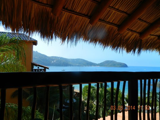Embarc Zihuatanejo: The view from the restaurant
