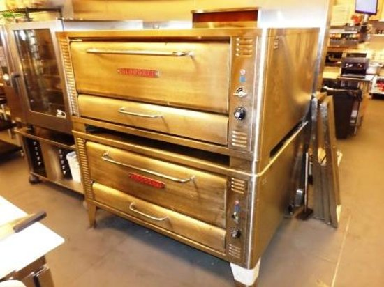 Players Sports Bar and Grill : Our Brick Pizza Oven